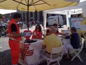 Banchetto Lotteria alla Festa del Volontariato 2010 - Piazza Brà